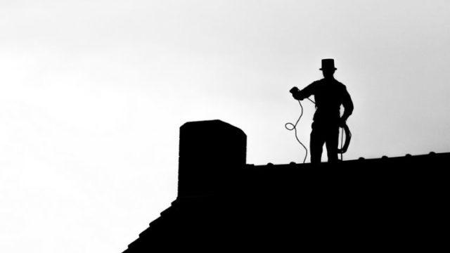 【自分でやる!】基礎から学べる薪ストーブと煙突掃除の方法<田舎暮らし歴9年が解説>